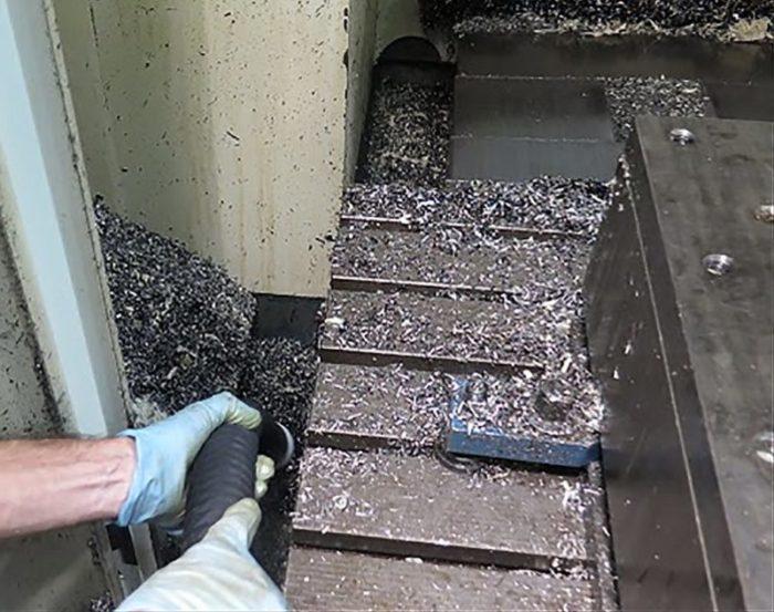flexCAT 378 EOT-PRO – Specjalny odkurzacz do zastosowań przemysłowych z separatorem.